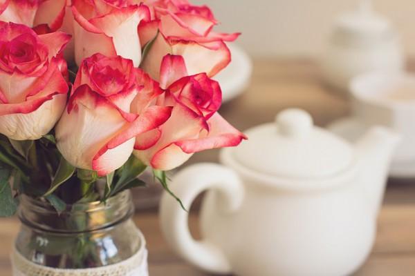roses-1138920_640